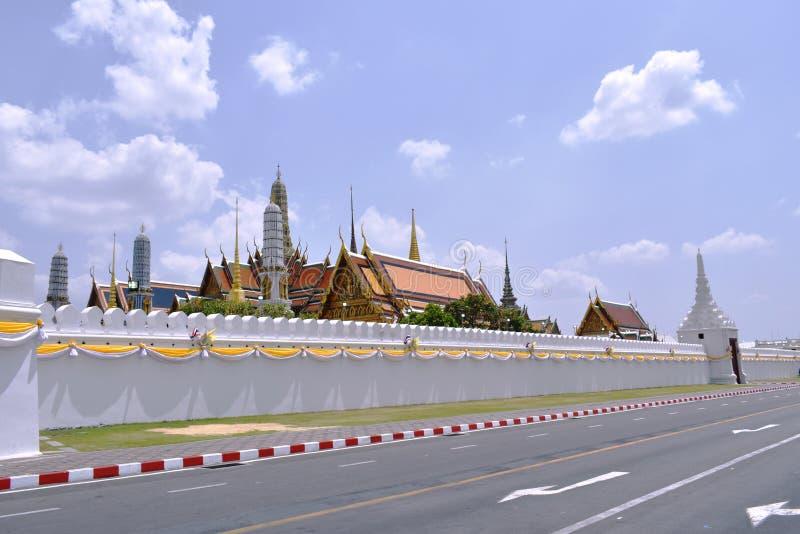 Tempel van smaragdgroene de reisplaats van Boedha of wat van Phra Kaew en oriëntatiepunt in Thailand stock foto