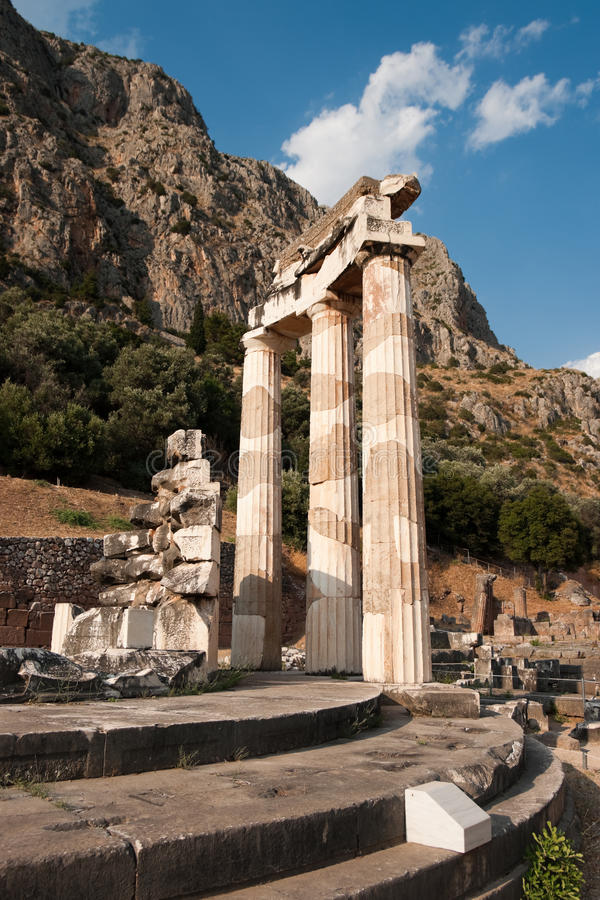 Tempel von Athene in Delphi lizenzfreies stockbild