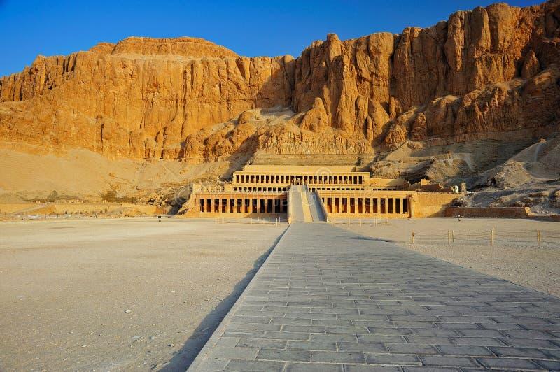 Tempel von Hatschepsut, Thebes lizenzfreies stockbild