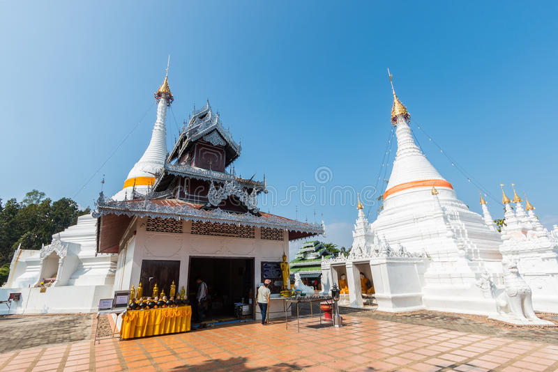 Tempel Wat Phra That Doi Kong MU Mae Hong Son lizenzfreie stockfotos