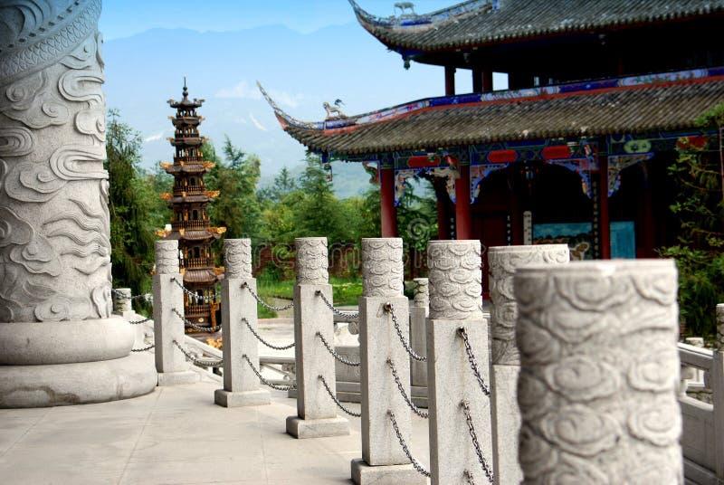 tempel yang för porslinstifttaoist royaltyfria bilder