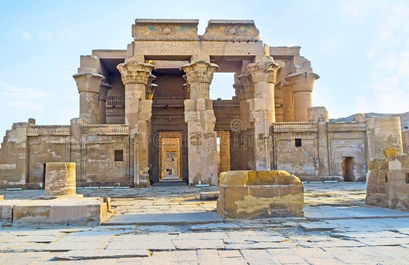 Tempelet av Kom Ombo royaltyfria foton