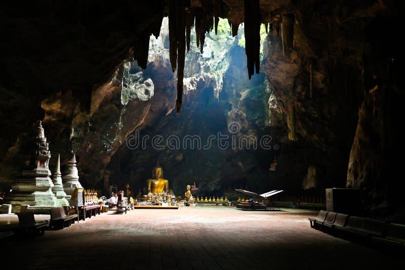 Tempelhöhle lizenzfreie stockbilder