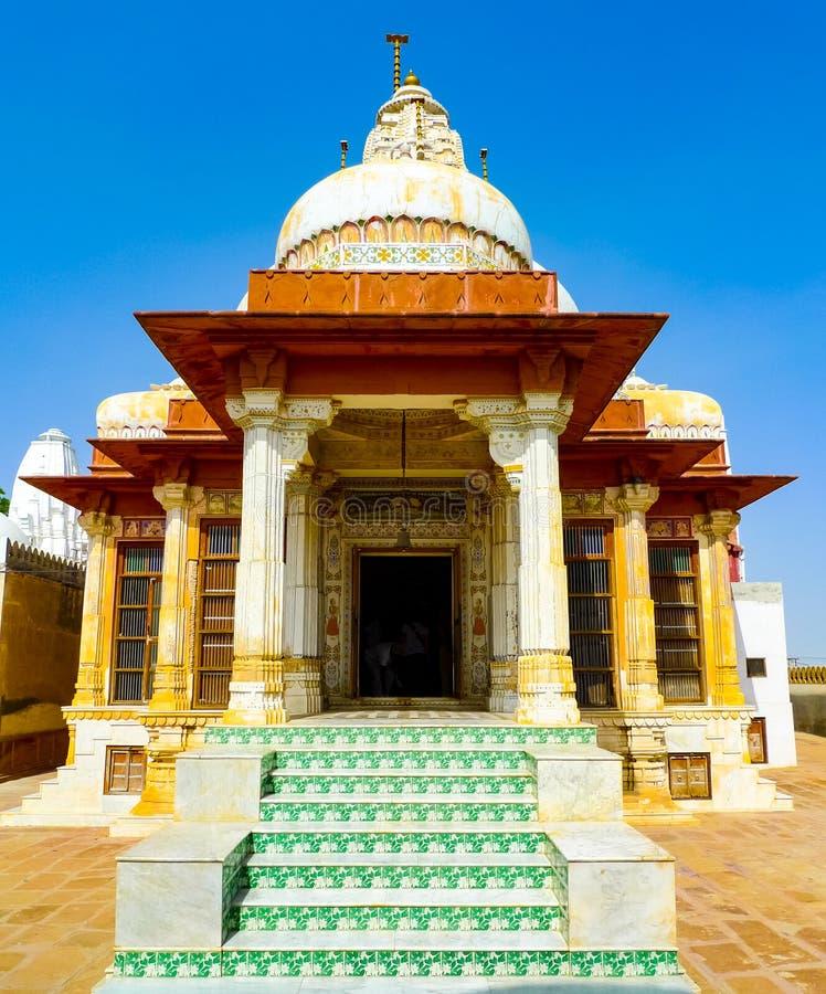 Tempelingång i Bikaner royaltyfria foton