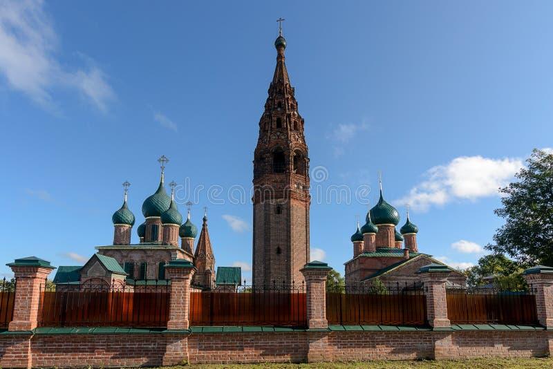 Tempelkomplexet i Korovniki royaltyfri bild