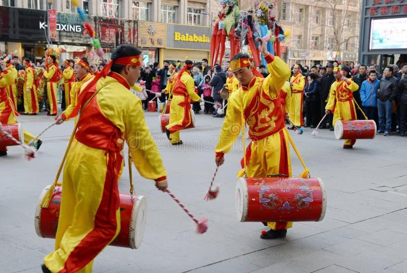 Tempelmarkt tijdens de lentefestival royalty-vrije stock afbeelding