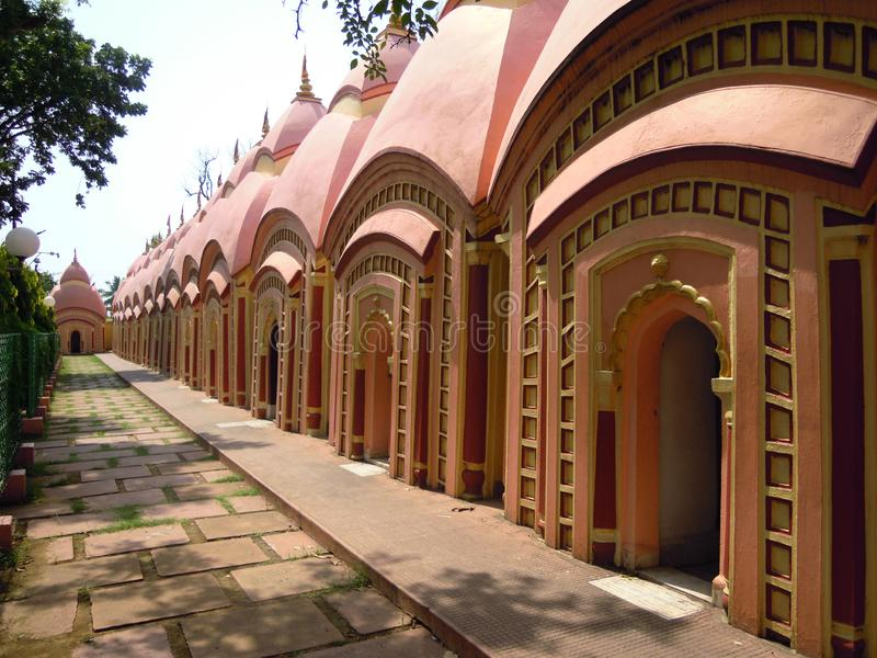 108 Tempels in Bardhaman in India royalty-vrije stock afbeelding