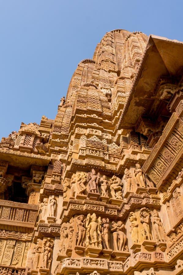Tempels in Khajurao tegen de hemel royalty-vrije stock afbeelding