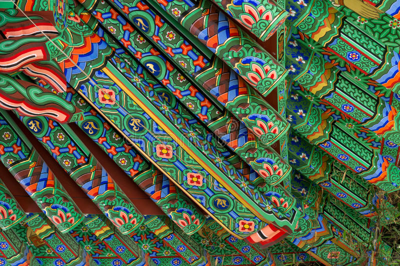 Tempeltakkonst arkivfoto