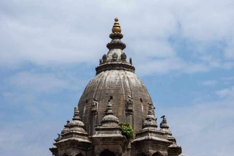 Tempeltornspiraarkitektur arkivfoton