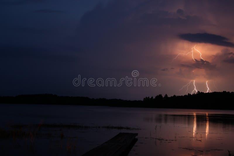 Tempesta con fulmine immagine stock libera da diritti