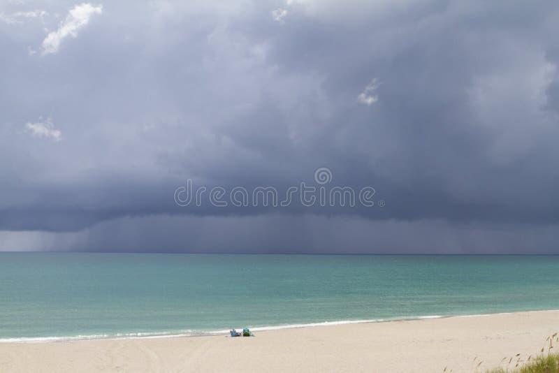 Tempesta d'avvicinamento fotografie stock
