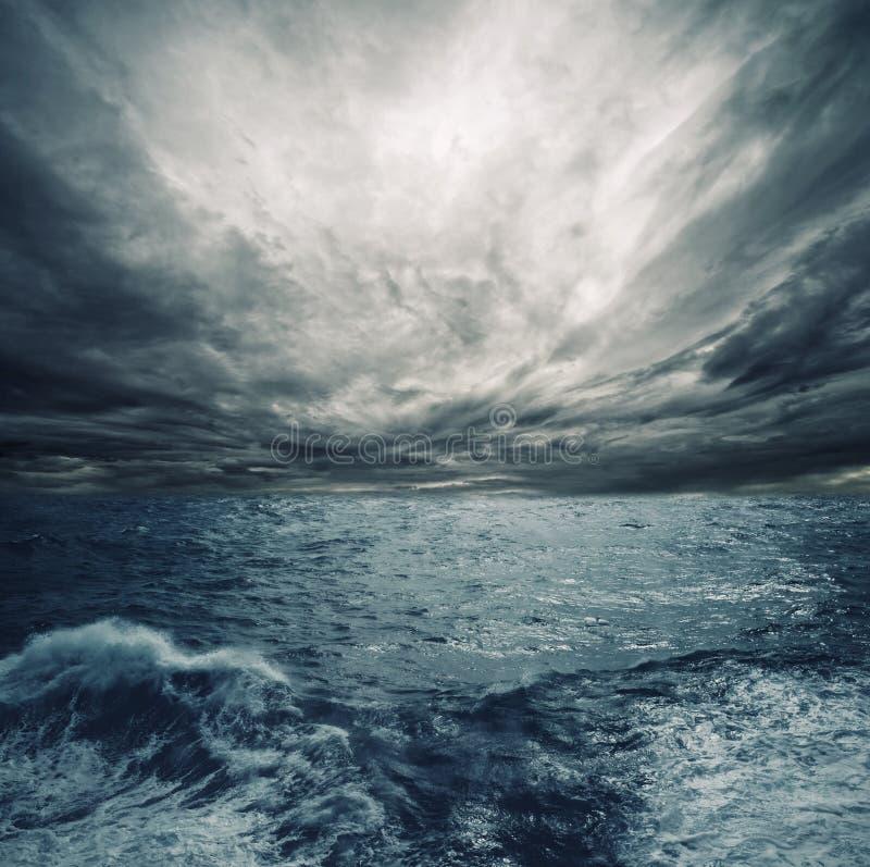 Tempesta dell'oceano fotografie stock libere da diritti