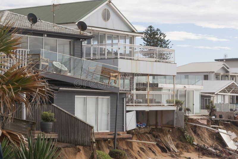 Tempesta e case nocive acqua immagine stock libera da diritti