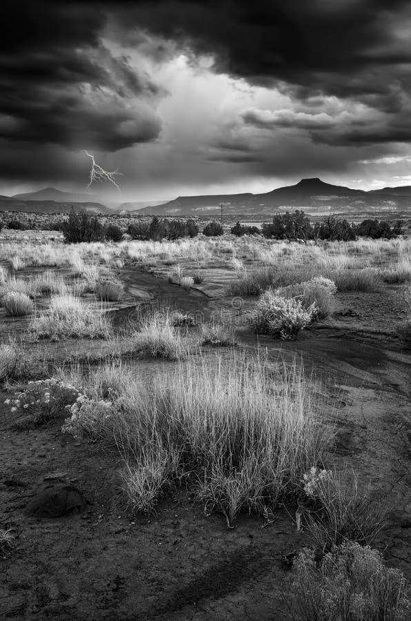 Tempesta sopra Abiquiu fotografia stock libera da diritti
