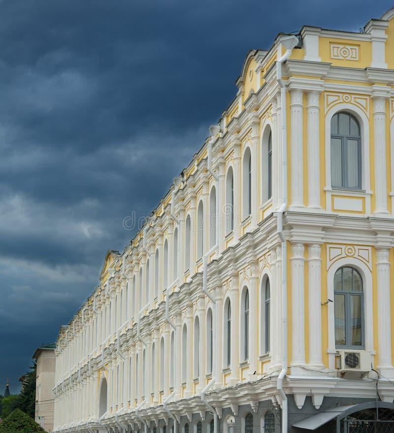 Tempesta sopra la città fotografie stock