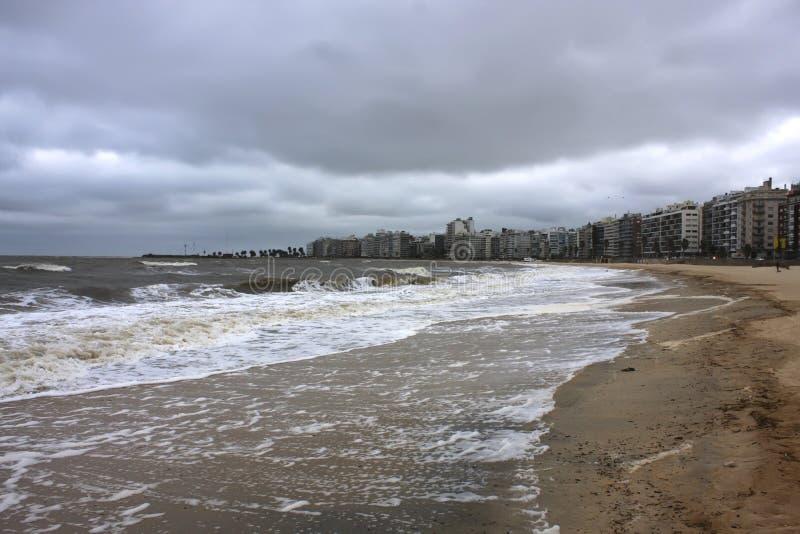 Tempesta sopra Montevideo immagini stock libere da diritti