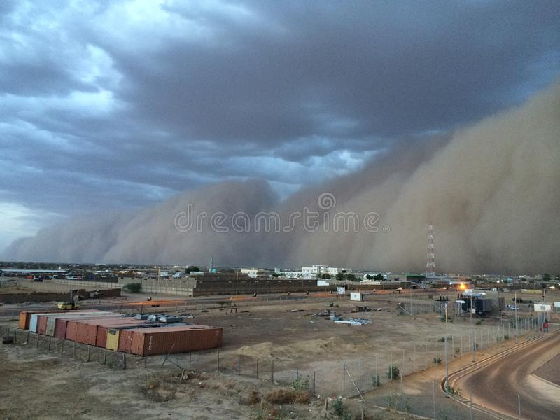 Tempestad de arena en la estación seca del sábalo imágenes de archivo libres de regalías