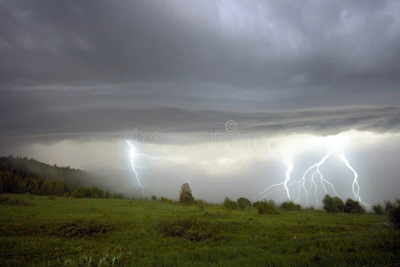A tempestade imagem de stock