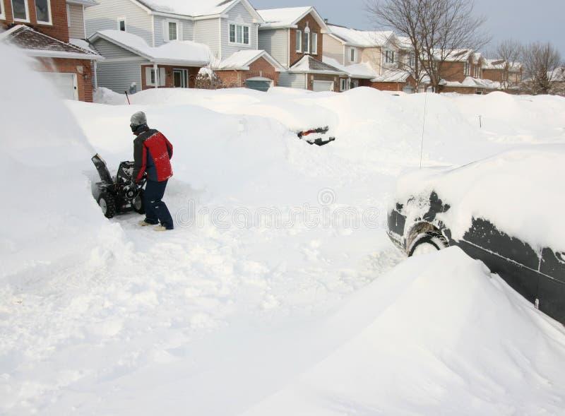 Tempestade da neve nos subúrbios fotografia de stock