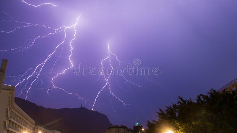 Tempestade do trovão em Hong Kong fotos de stock royalty free
