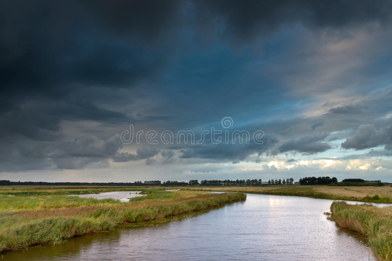 Tempestade do verão fotografia de stock royalty free