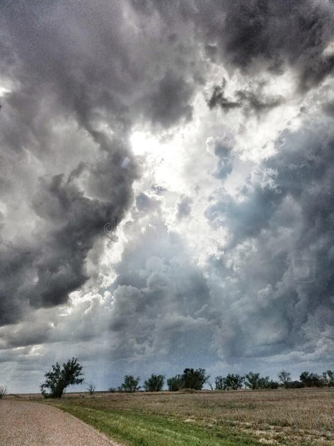Tempestade que vem dentro nas planícies altas imagens de stock
