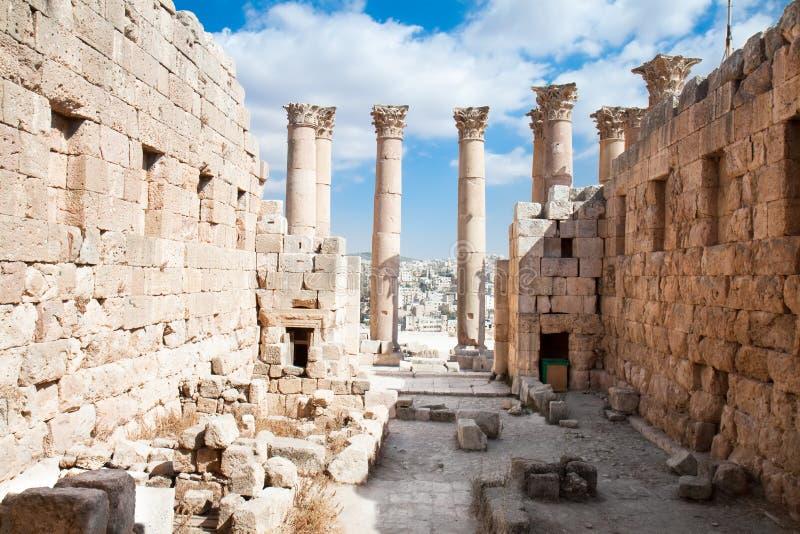 Tempiale di Artemis in Jerash, Giordano. fotografia stock