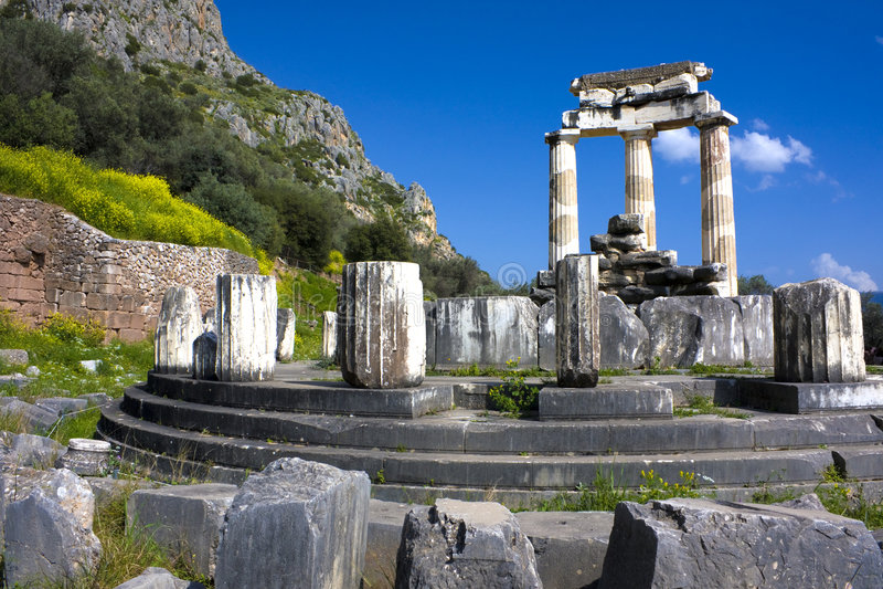 Tempiale di Athena Pronea, Delfi, Grecia fotografia stock libera da diritti