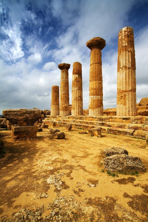 Tempiale di Ercole - la Sicilia immagini stock libere da diritti