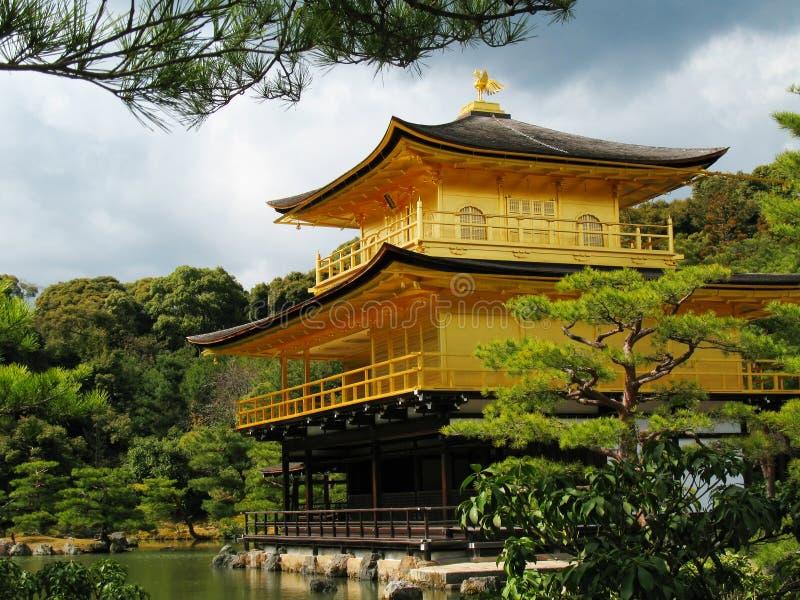 Tempiale di Kinkakuji a Kyoto, Giappone fotografie stock