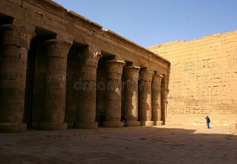 Tempiale di Ramses III. Luxor. Banca ad ovest. L'Egitto. fotografie stock libere da diritti