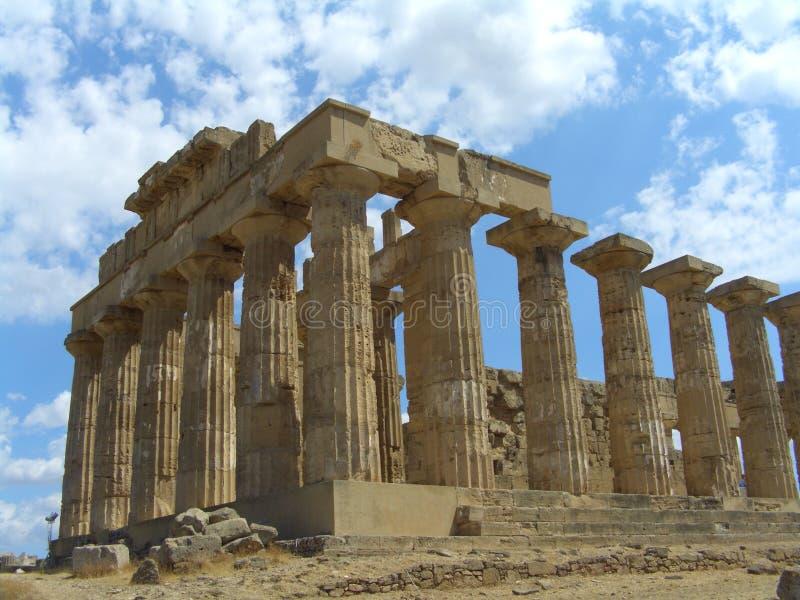 Download Tempiale di Selinunte immagine stock. Immagine di storico - 212927