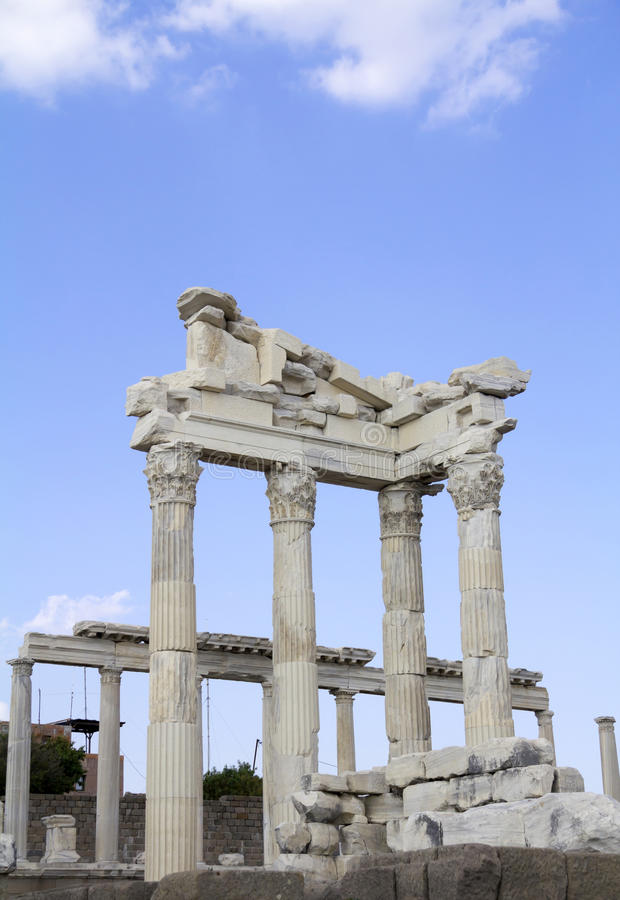 Tempiale di Trajan immagini stock libere da diritti