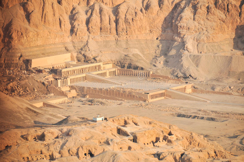Tempiale mortuario della regina Hatshepsut fotografia stock