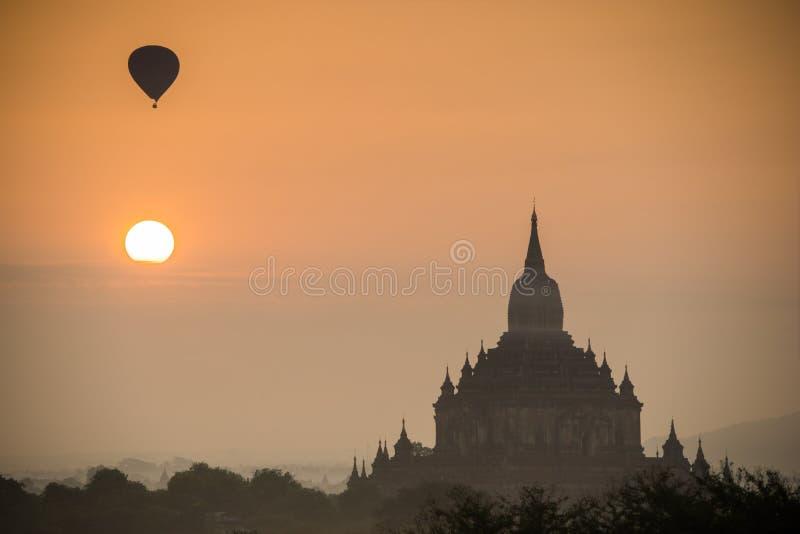 Tempie antiche in Bagan, Myanmar immagini stock