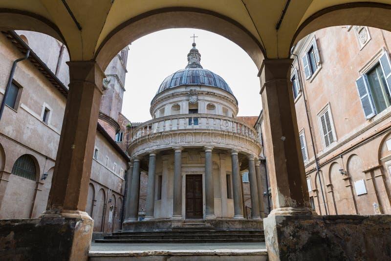 Tempietto byggde vid Donato Bramante i Rome, Italien royaltyfria foton