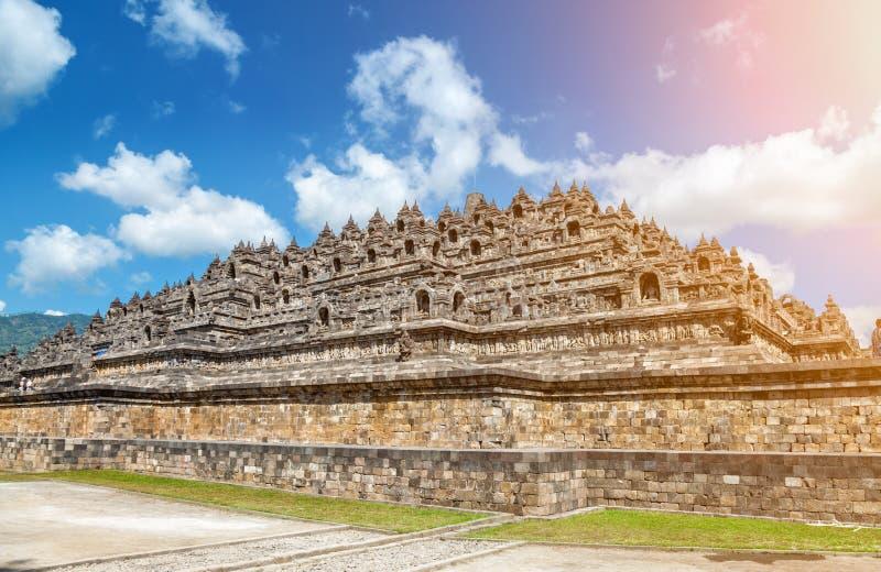 Tempio antico di Borobudur in Indonesia immagine stock