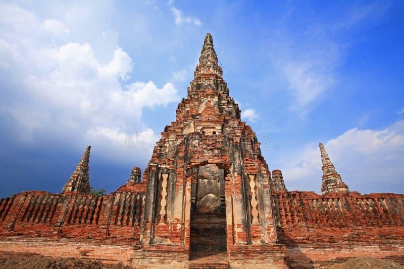 Tempio antico e pagoda di Wat Chaiwattanaram fotografia stock libera da diritti