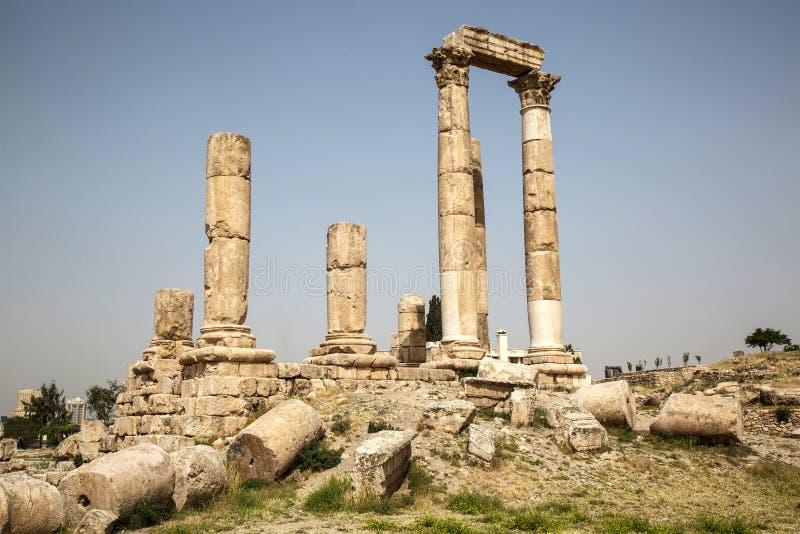 Tempio antico sulla cittadella a Amman, Giordania fotografie stock libere da diritti