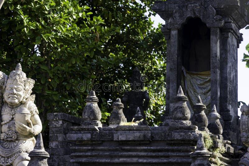 Tempio della scogliera di Bali in Uluwatu fotografie stock libere da diritti