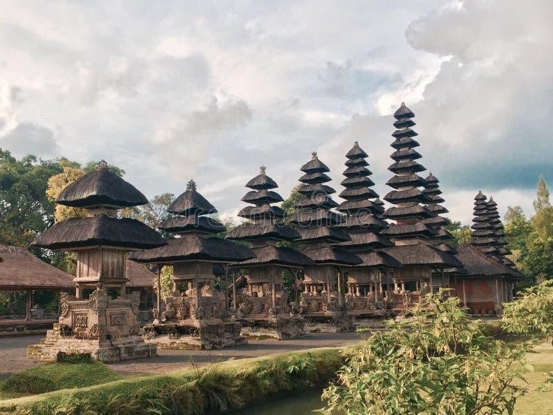 Tempio di Bali con i tetti unici fotografia stock libera da diritti