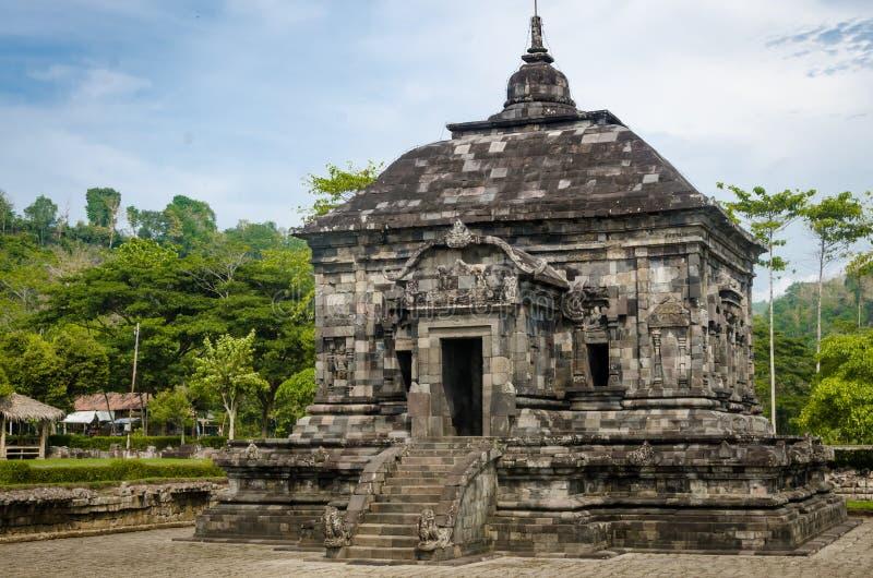 Tempio di Banyunibo, villaggio di Cepit, Bokoharjo, distretto di Prambanan, Reggenza di Sleman, Yogyakarta 26 dicembre 2019 fotografia stock