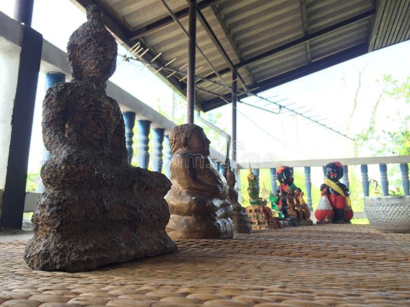 Tempio di Buddha di domenica in Tailandia fotografie stock libere da diritti