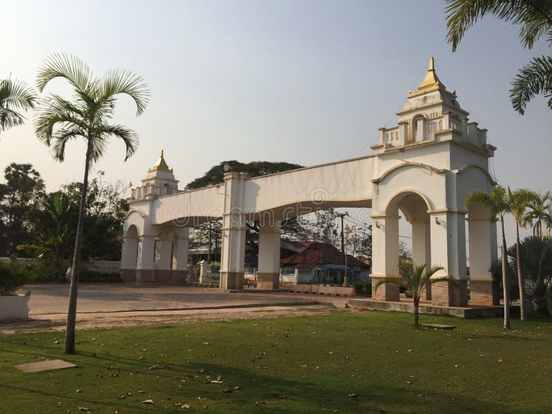 Tempio di Buddha di domenica in Tailandia fotografia stock