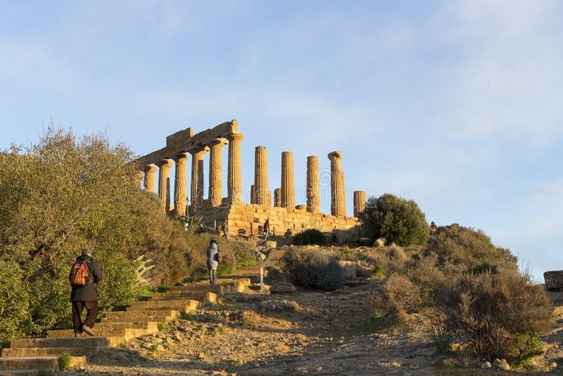 Tempio di Concordia alla valle di Agrigento del tempio Sicilia AIS fotografia stock libera da diritti