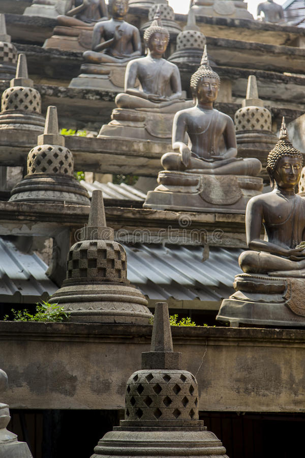 Tempio di Gangaramaya a Colombo immagine stock libera da diritti