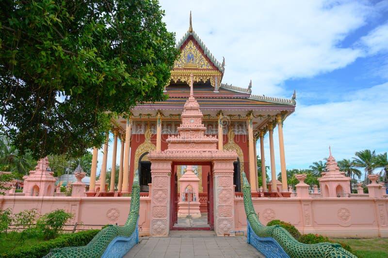 Tempio di Kaew Phichit attrazione famosa del punto di riferimento turistico nella provincia di Prachinburi, Tailandia fotografia stock libera da diritti