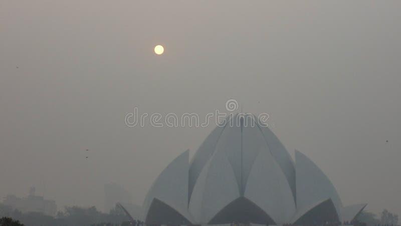 Tempio di Lotus bianco a Delhi, India immagini stock