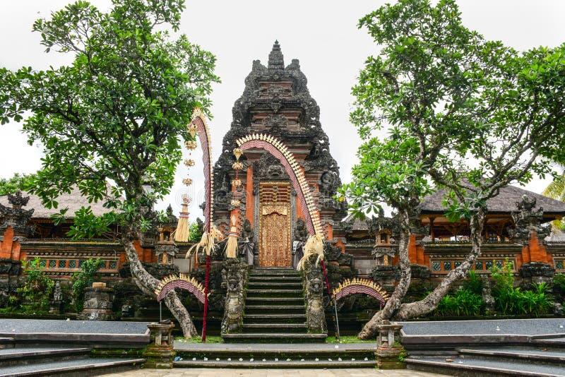 Tempio di Lotus ed il giardino in Bali, Indonesia immagine stock